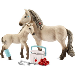 Schleich Horse Club Hannah's first-aid kit